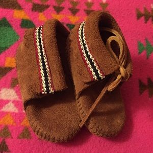 Minnetonka Moccasins Ankle Booties